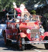 santa for parade webpage Free and Cheap Things To Do This Weekend In Orlando 11/30   12/2, 2012